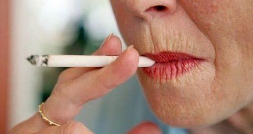 sigara-ve-menopoz